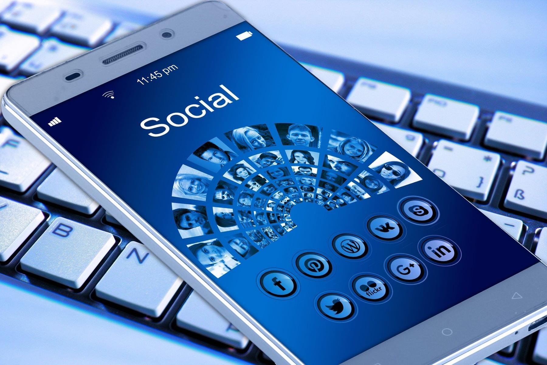 Gehen Sie in die sozialen Netzwerke! Ganz ohne Streß.